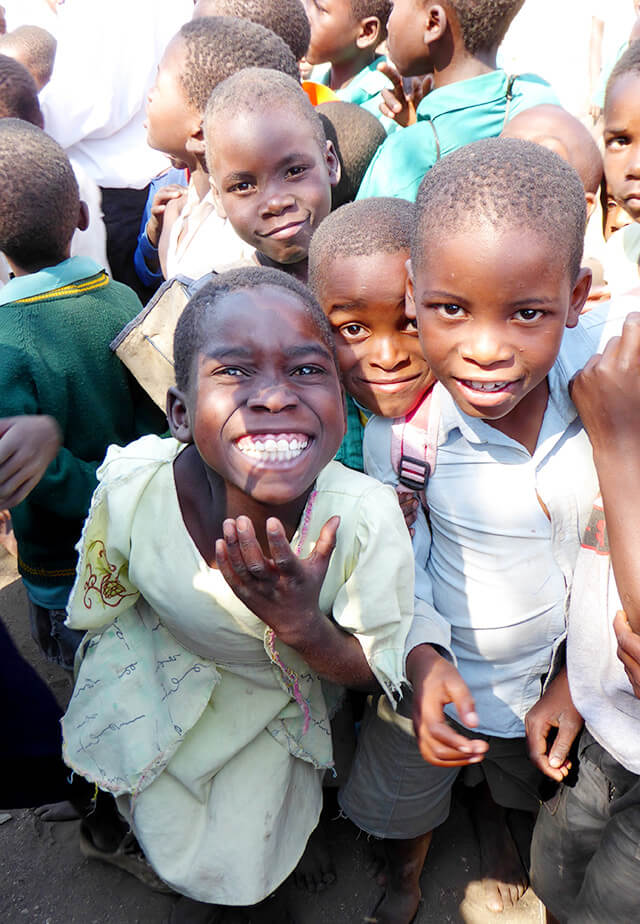 Kinder der Muonekera-Grundschule in Malawi