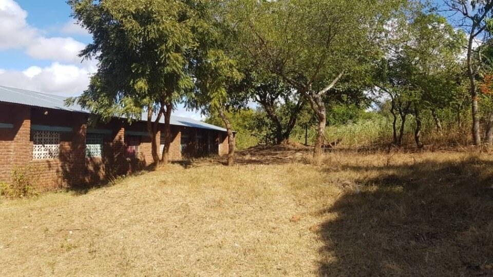 Nkuyu-Grundschule Bauplatz